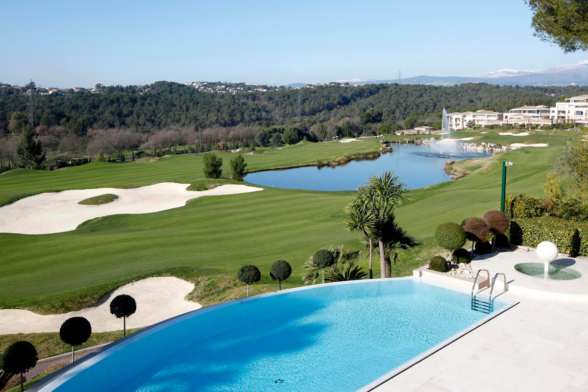 mougins golf view