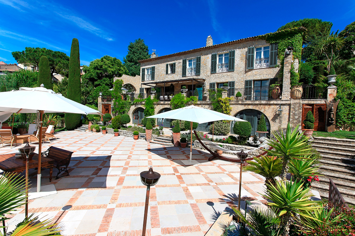 Immobilier mougins agence immobili re mougins for Agence immobiliere 5 promenade nice